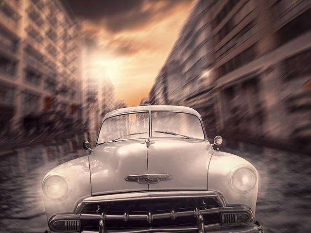 https://pixabay.com/de/photos/auto-berlin-rennen-oldtimer-2584473/