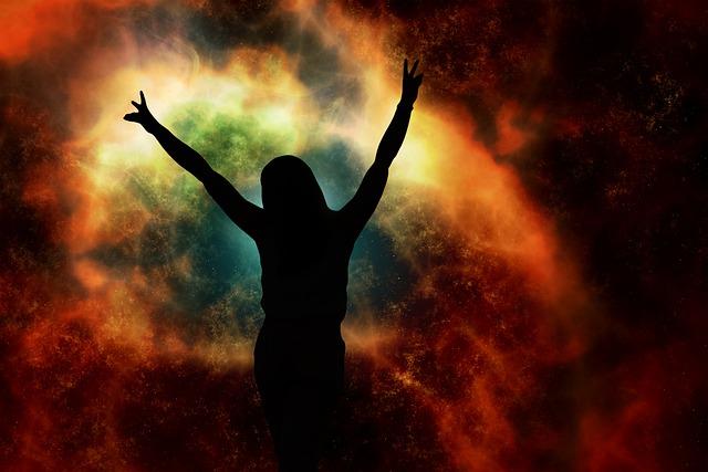 https://pixabay.com/de/illustrations/frau-person-silhouette-universum-5507487/