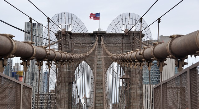 https://pixabay.com/de/photos/brooklyn-bridge-new-york-br%C3%BCcke-usa-3850372/