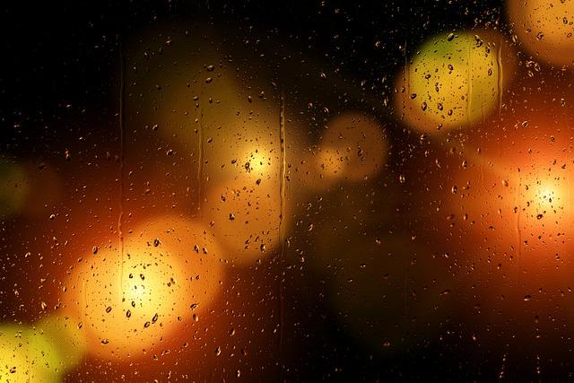 https://pixabay.com/de/illustrations/fenster-glas-regen-tropfen-wasser-5502314/