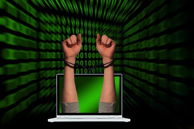 https://pixabay.com/de/illustrations/kriminalit%c3%a4t-handschellen-laptop-4512293/